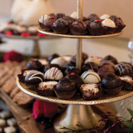 Capital Confections Sacramento Wedding Desserts Candies Gifts Real Weddings Magazine