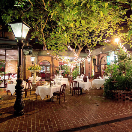 The Firehouse Restaurant Old Sacramento Wedding Venue Real Weddings Magazine