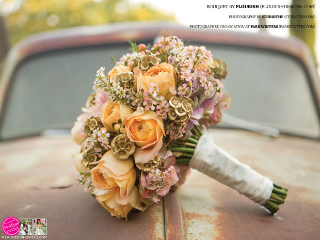 Sacramento_Weddings_RWS_Cover_Model-WS15-BOUQUETS-15