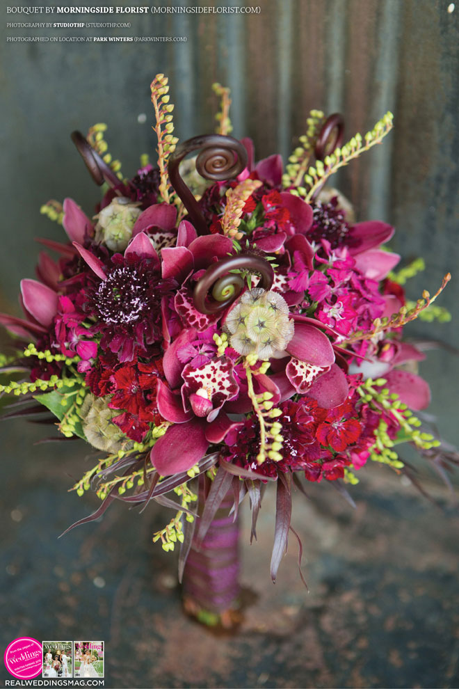 Sacramento_Weddings_RWS_Cover_Model-WS15-BOUQUETS-SINGLE-19