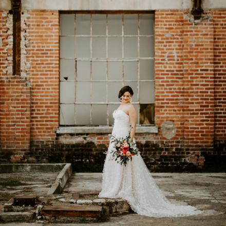 Second Summer Bride Sacramento Bridal Attire Real Weddings Magazine