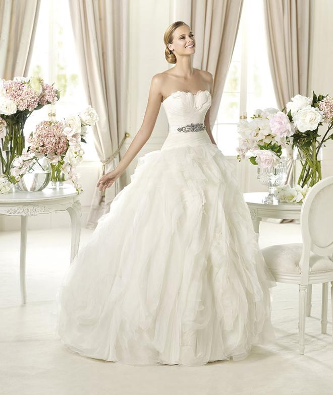 PRONOVIAS-BENICARLO_House of Fashion_Sacramento Wedding Gowns
