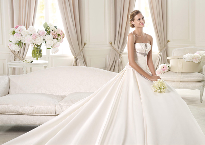 PRONOVIAS-ULEY_House of Fashion_Sacramento Wedding Gowns