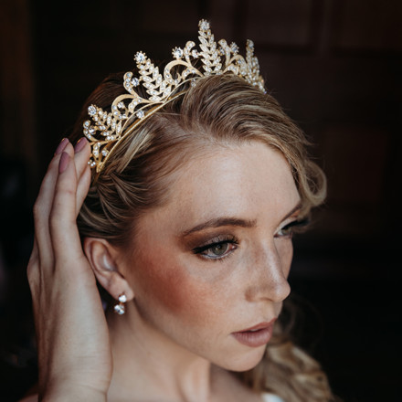 Luxurious Bridal Sacramento Bridal Jewlery Tiara Accessories Real Weddings Magazine