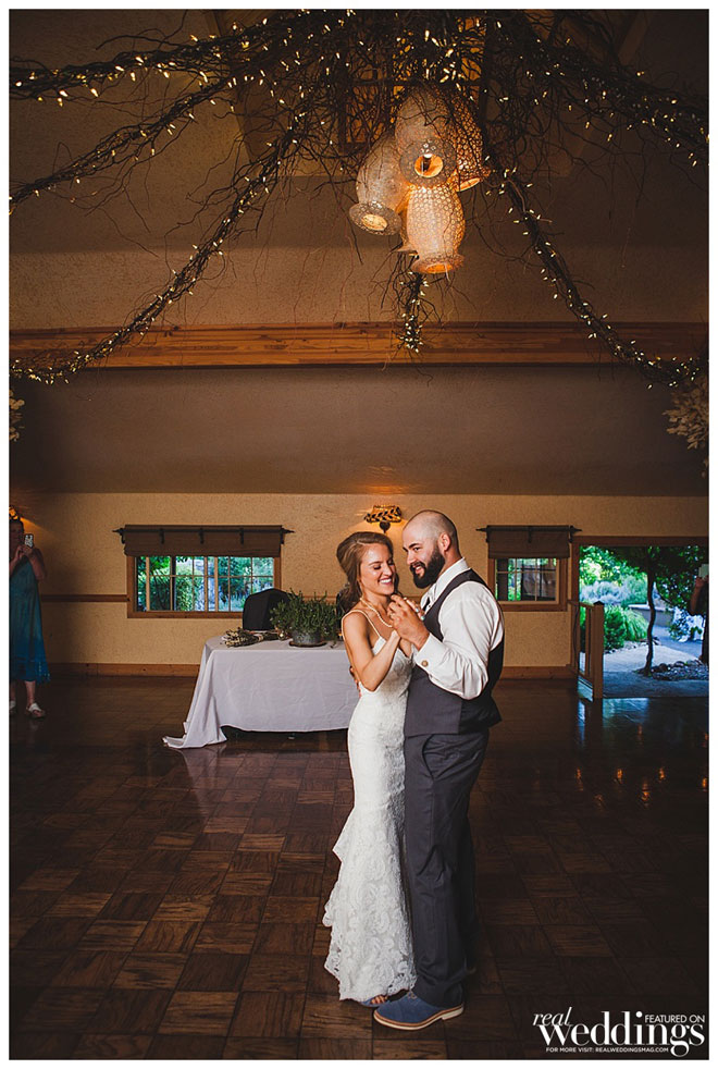 Featured Real Wedding | Sonora Wedding | Union Hill Inn | Real Weddings Magazine Union Hill Inn | Valley Images Photography | Sarah & Kyle Union Hill Inn Wedding | Sonora Wedding Photographer