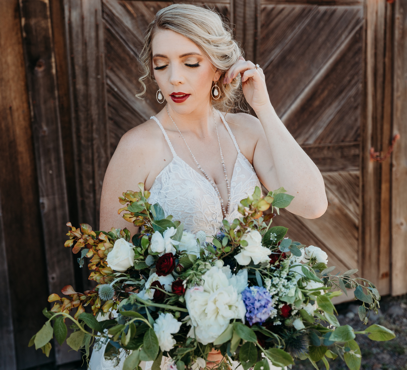 Real Weddings Magazine Special Offer Discount Amour Florist & Bridal Bouquet Flowers  |  Best Sacramento Tahoe Northern California Vendors