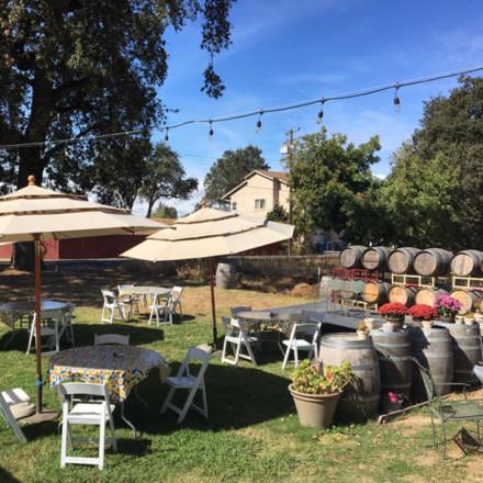 Freeport Wine Country Inn-Sacramento-Rehearsal Dinner Venue - Real Weddings Magazine