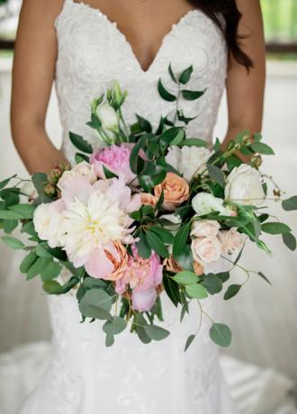 Placerville Flowers on Main-Bridal Bouquet-F20-2